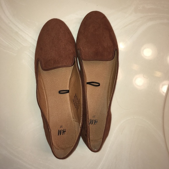 H&M Shoes - Brown loafer flats